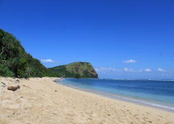 Pantai Oa dan Pantai Rako Wulanggitang: Surga Tersembunyi dari Flores Timur