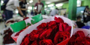 100 Kumpulan Puisi Valentine Day Paling Romantis Terbaru dan Terlengkap